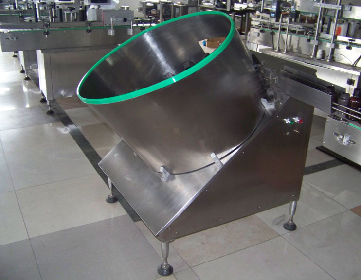 Máy cấp chai tự động - Máy công nghiệp Quang Minh